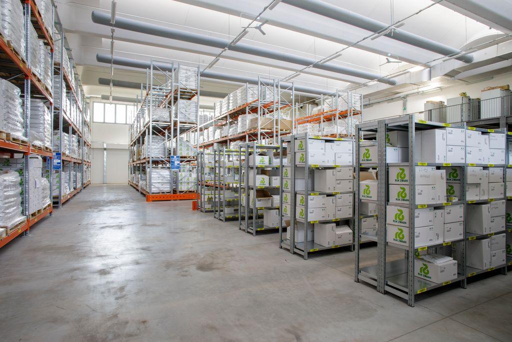 Rijk Zwaan Italy warehouse